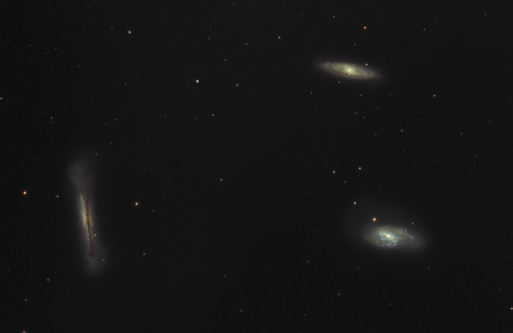 Trio of galaxies in Leo